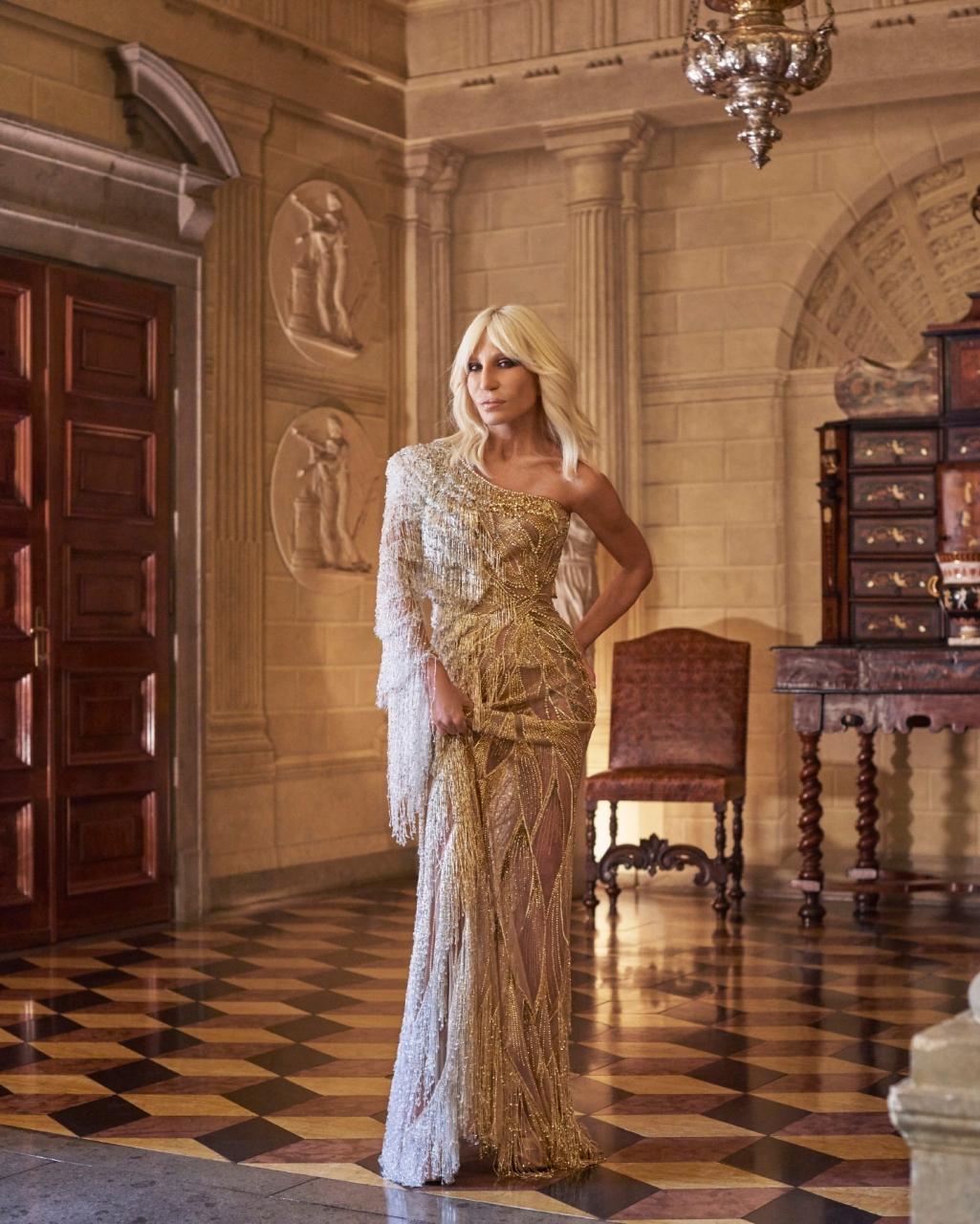 Donatella Versace By Mariano Vivanco for GQ China